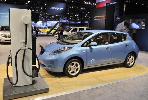 Electric-hybrid-cars-too-quiet-feds-say-make-some-noise